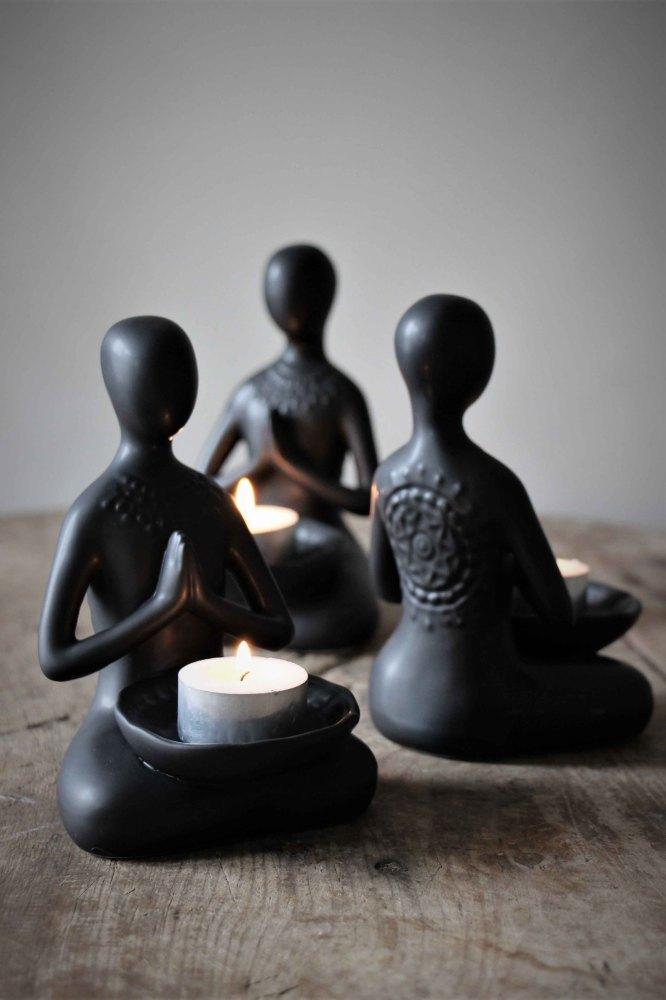 10517-38-yogafigurer