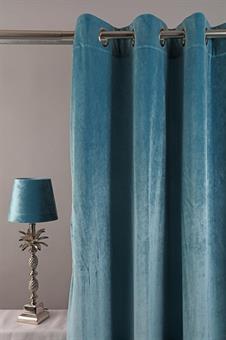 längder-sammetsgardin-öljettlängder-sammet-gardiner