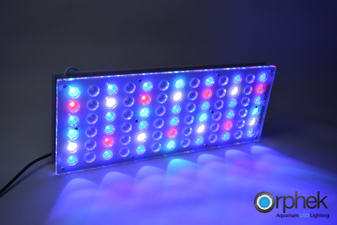 Orphek-Atlantik-v2-1-LED-Aquarium-Light-ALL-channel-2+4