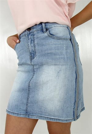 0005642_stacie_jeans_skirt_light_blue_denim_300...599kr