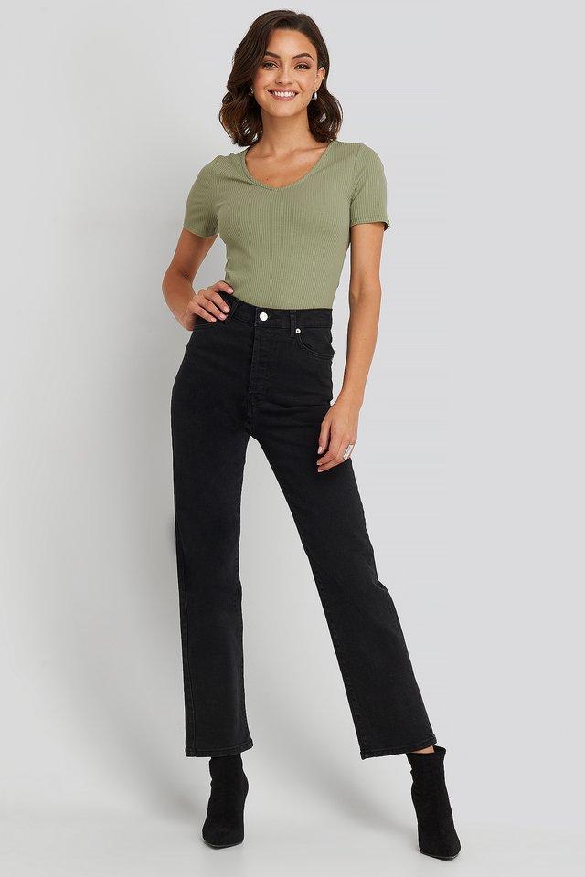 nakd_straight_high_waist_jeans_1100-001961-0002_01c_r