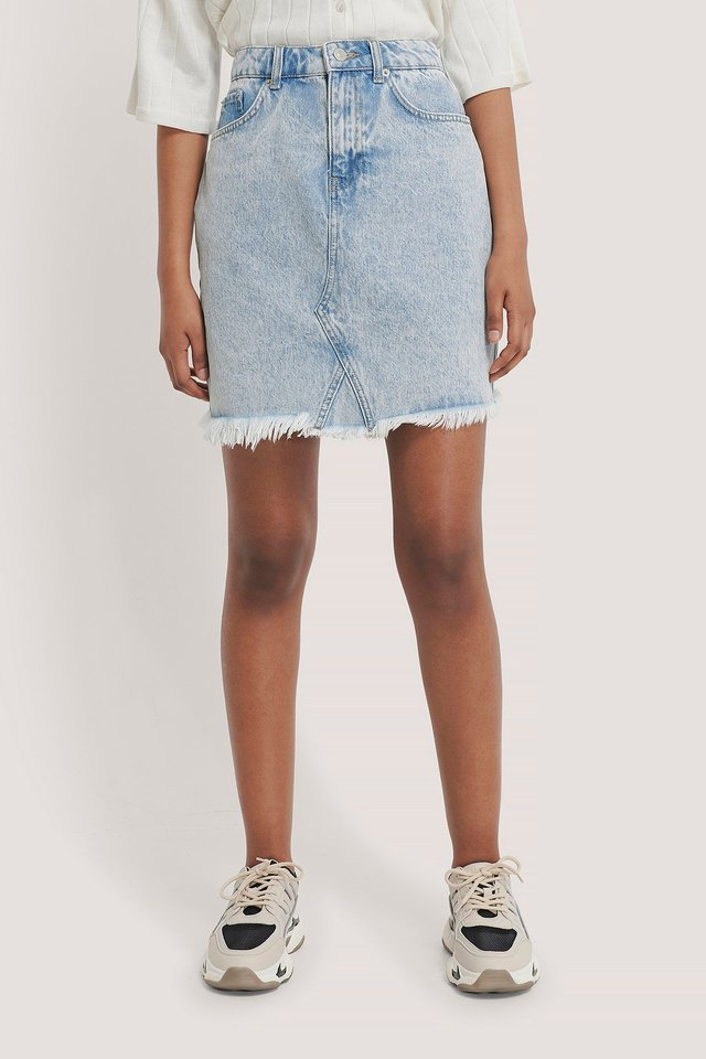 nakd_raw_hem_denim_skirt_1100-002985-0047_04j