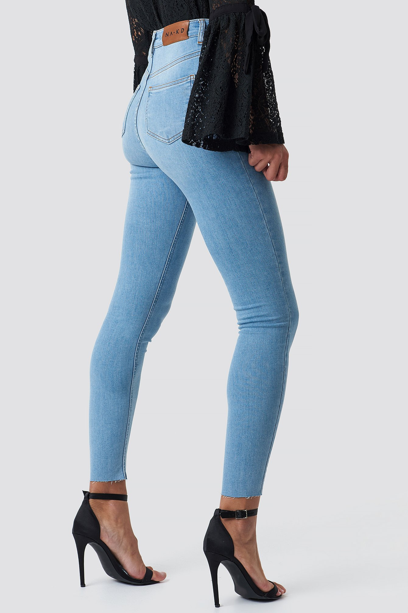 nakd_skinny_high_waist_raw_hem_jeans_1100-000796-0047_03i