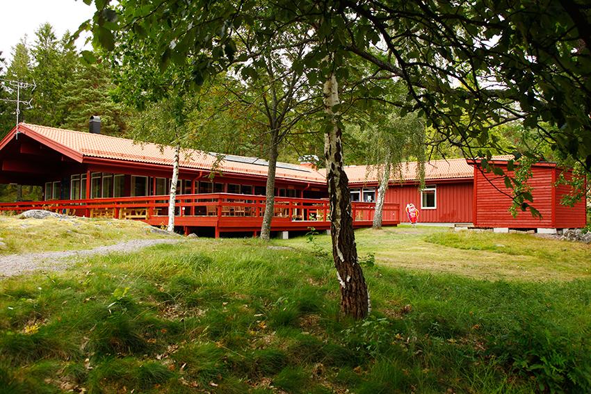 Källan restaurang ligger naturskönt på Jogersö
