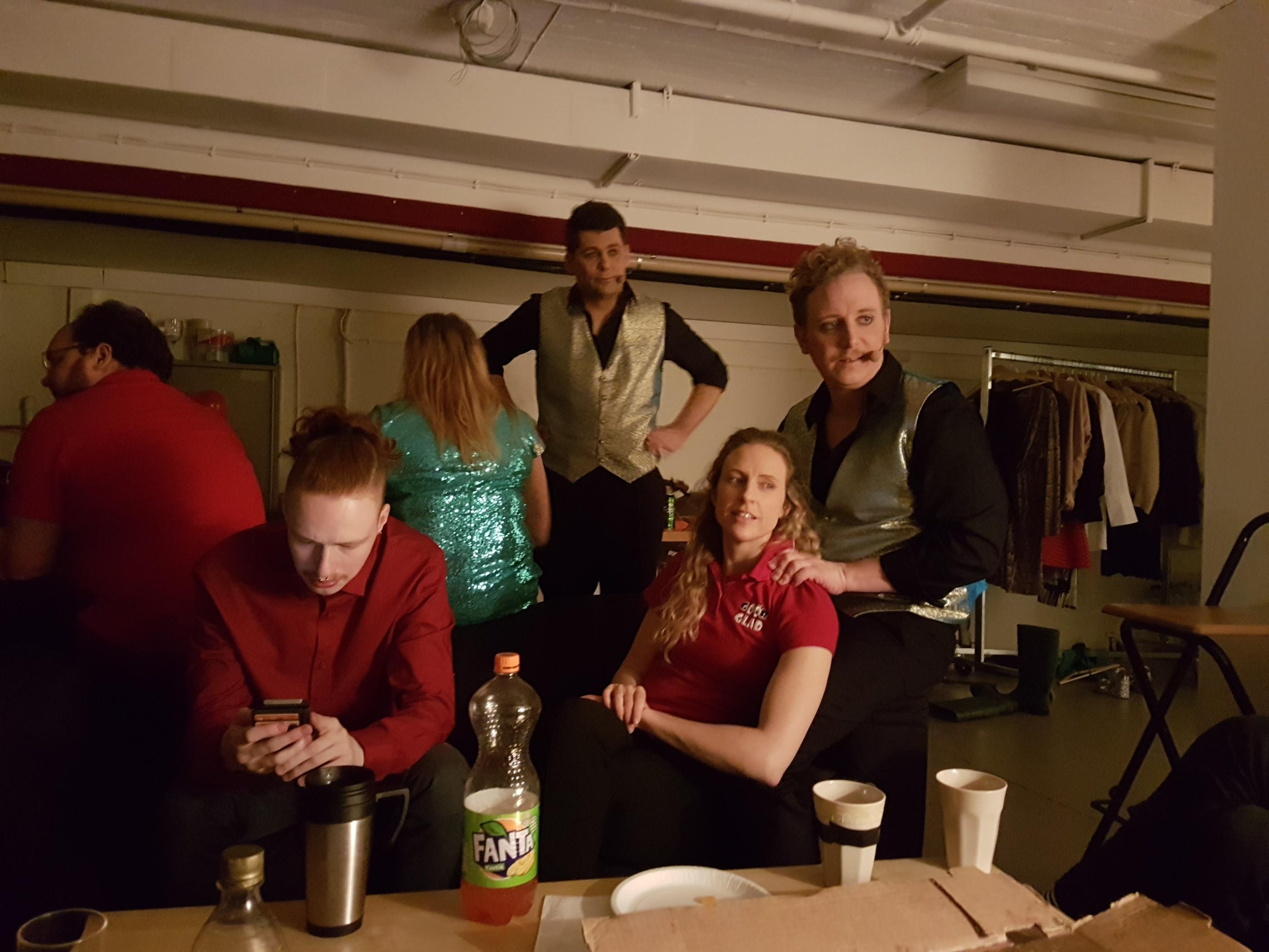 uppkopplad dating webbplats för mogna män yngre 40 i hudiksvall
