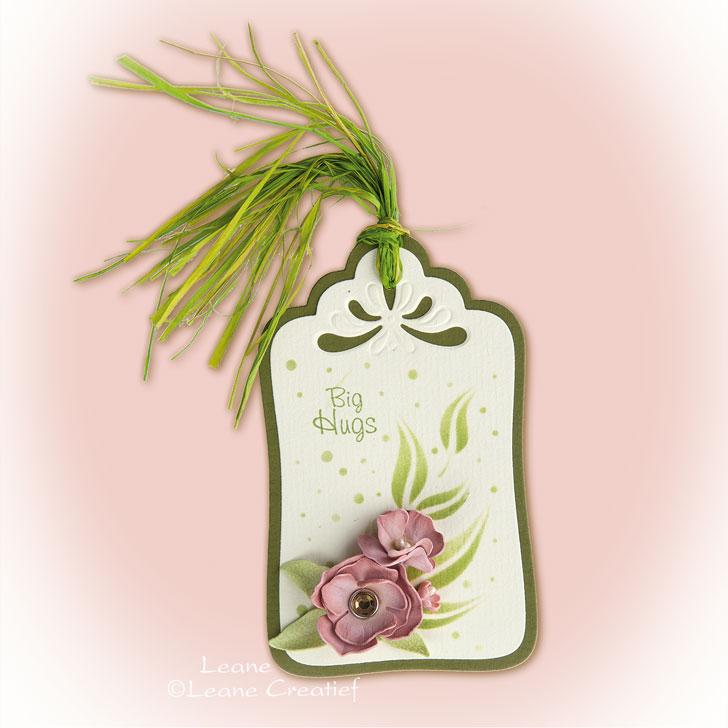 Label with foam flowers