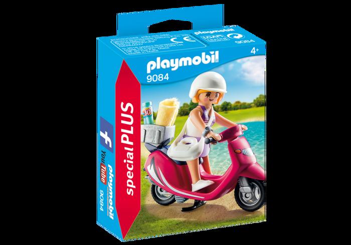 playmobil_flicka_strand_scooter