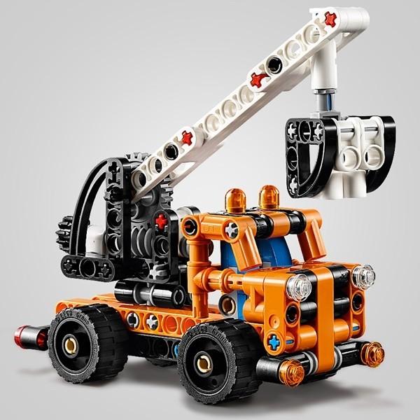 LEGO Technic 42088_Skylift