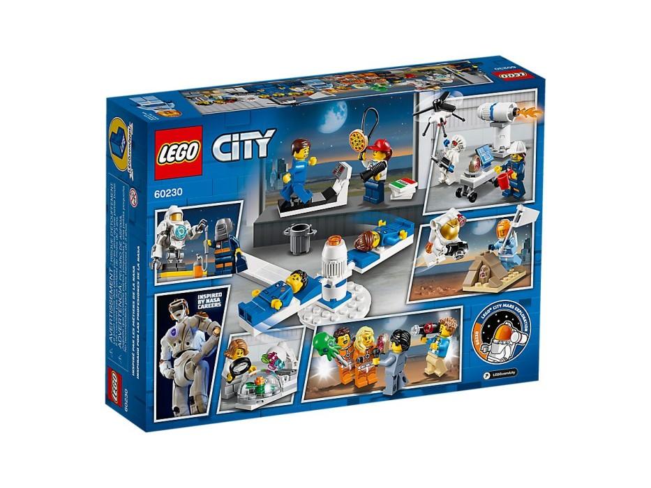 lego-city-space-port-60230-figurpaket-rymdforskning-och-utveckling-4