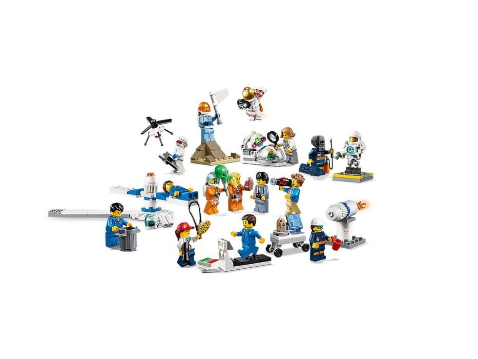 lego-city-space-port-60230-figurpaket-rymdforskning-och-utveckling-0