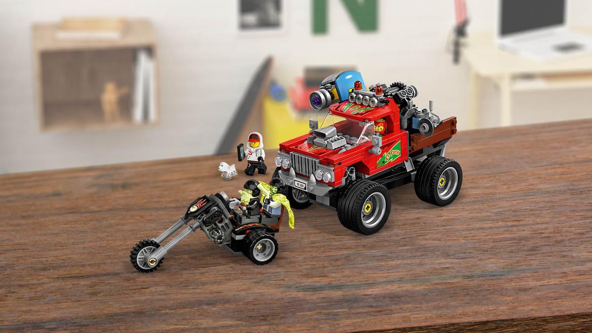 lego-hidden-side-70421---el-fuegos-stuntbil-5