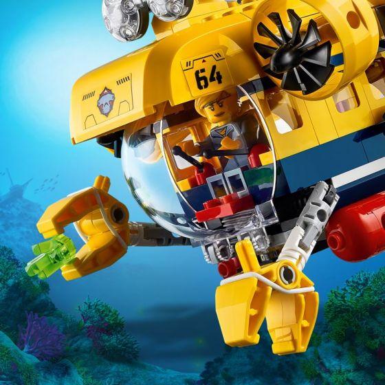 60264-lego-city-oceans-forskningsubaat-med-bevegelige-armer