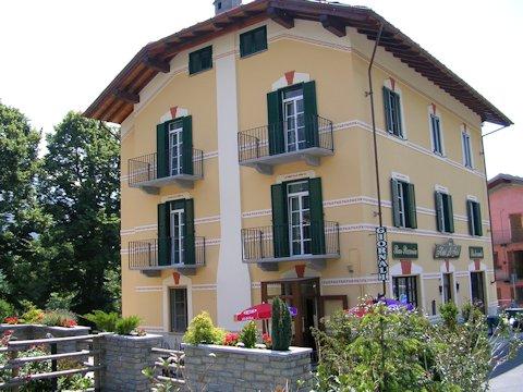 Ett av hotellen du bor på under MTB-resan i Aostadalen. Småskaligt, närproducerat, familjeägt med schyssta arbetsvillkor och hållbarhetsprofil.