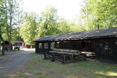 Första sågverket uppfördes 1998