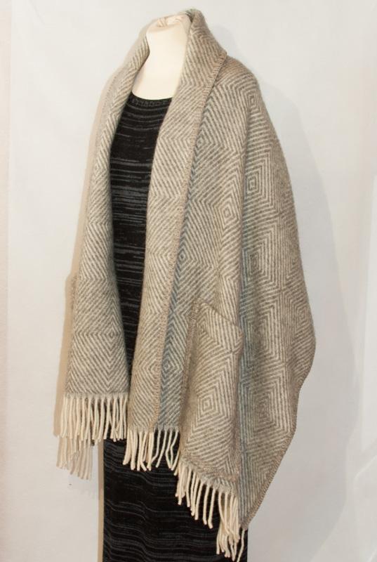 sjal ull  från sidan