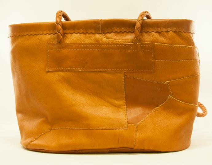 väska renskinn brun baksida