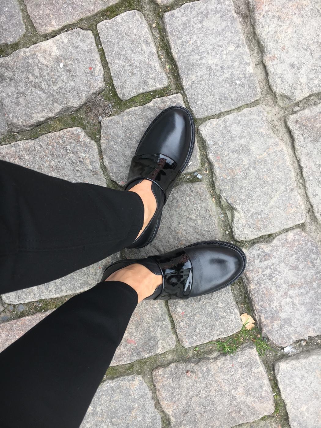 df75931e8df Åh vad vi älskar när skor är snygga och dessutom superbekväma! Det här är  en klar favorit!!