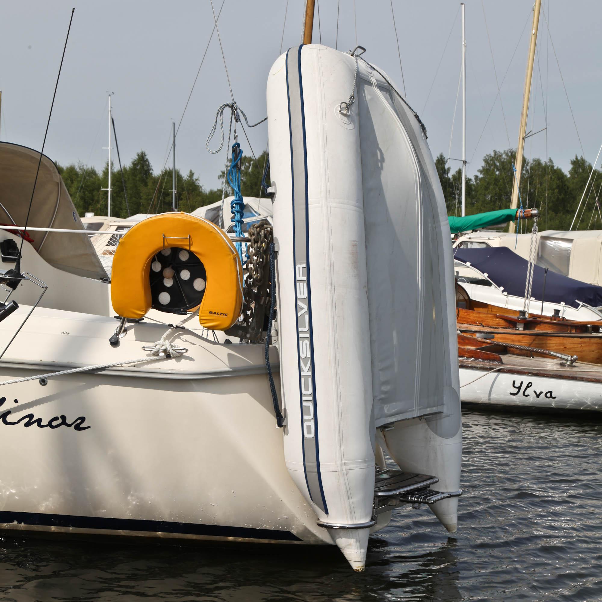DR segelbåt jolle rest