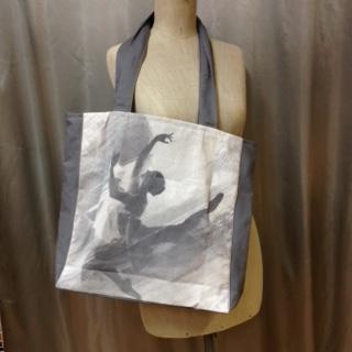 Bag med Ballerina motiv