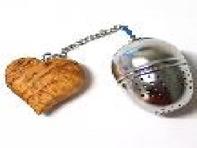 Te boll i kedja med masurdekoration/Tea ball in chain with Masur decoration - Teboll/Tea ball - finns i butik/in stock