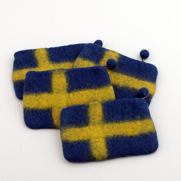 Myntbörs med svenska flaggan