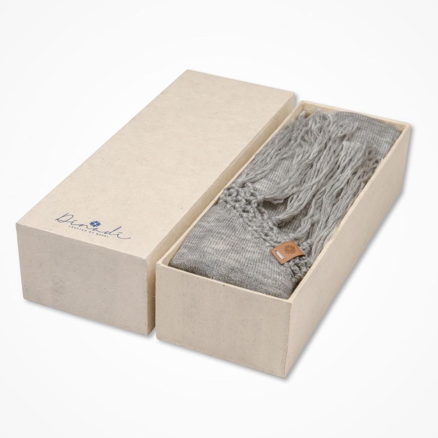 Johanna Scarf Box