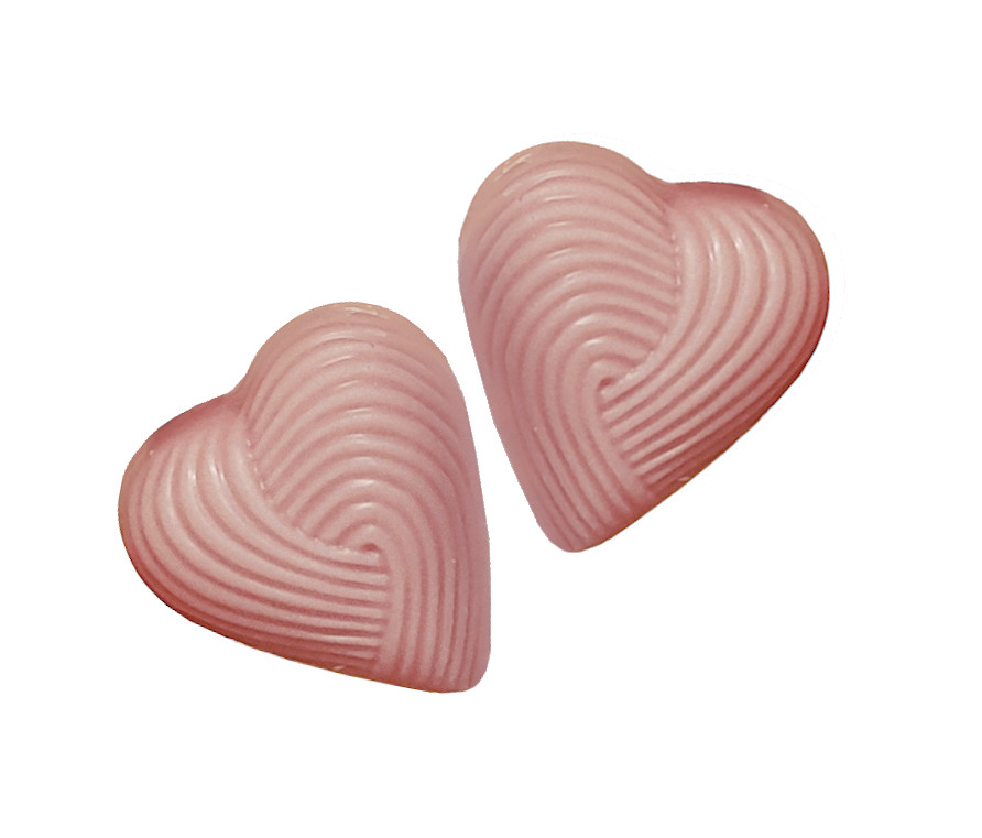 2 små jordgubbshjärtan