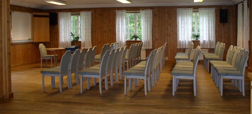 ddc2665a3b1a Ändamålsenliga och trevliga lokaler för mindre konferenser i en charmig och  avkopplande 1700-talsmiljö. Trots husens ålder är vi  tillgänglighetsanpassade ...