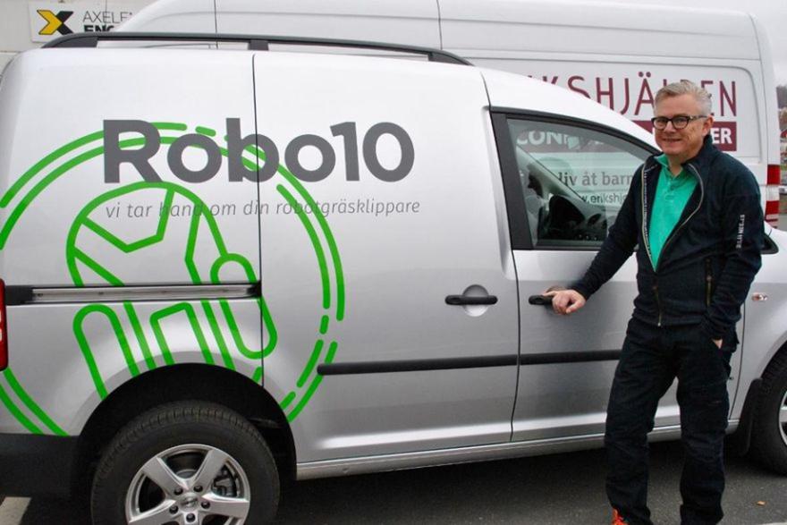 Service av din robotgräsklippare med Robo10 serviceavtal