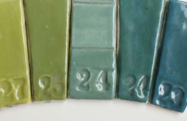 deco-basic 23 - prover Alla färger kan blandas med nyanser av grått.