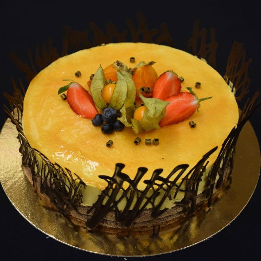 Moussetårta gul