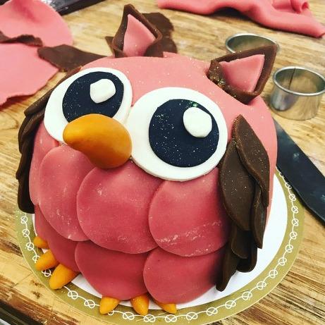 uggla tårta rosa