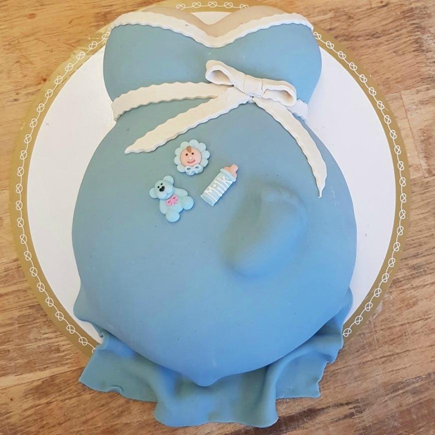 Bobyshower tårta