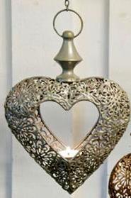 Hängande hjärta med kedja19x21 cm -