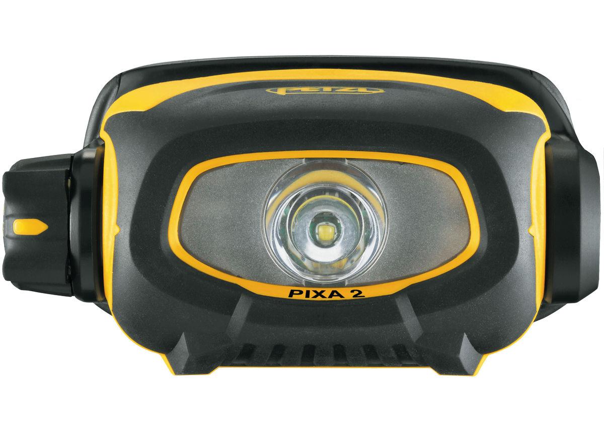 E78BHB-2-Pixa-2-focus-1_LowRes
