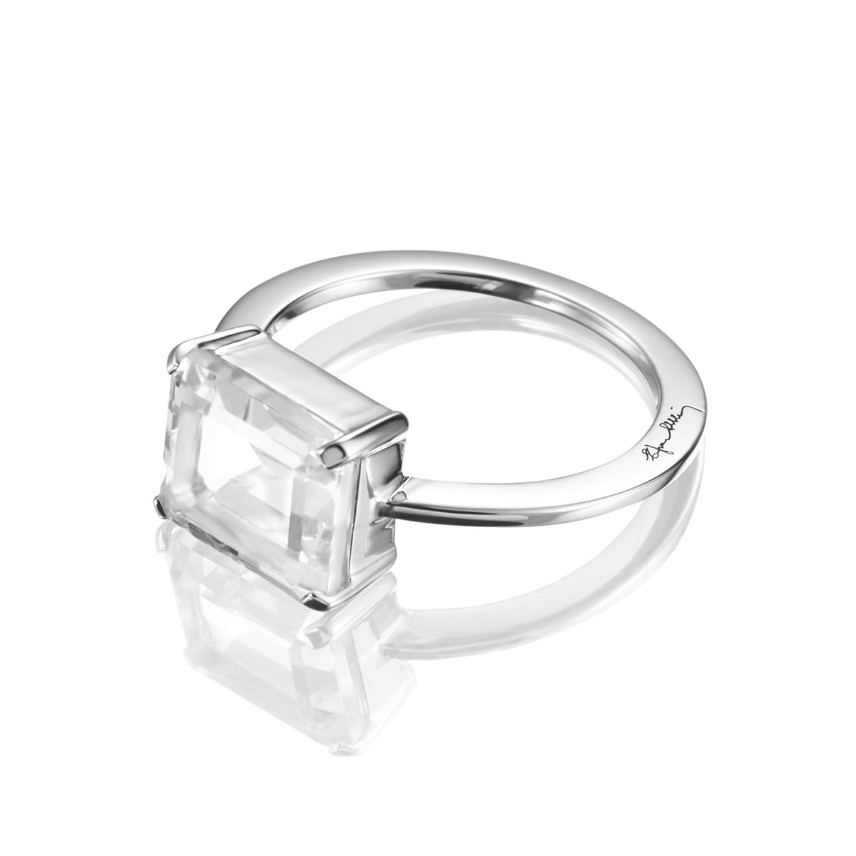 Efva-Attling-18_A-Clear-Dream-Ring-13-100-01339(2)