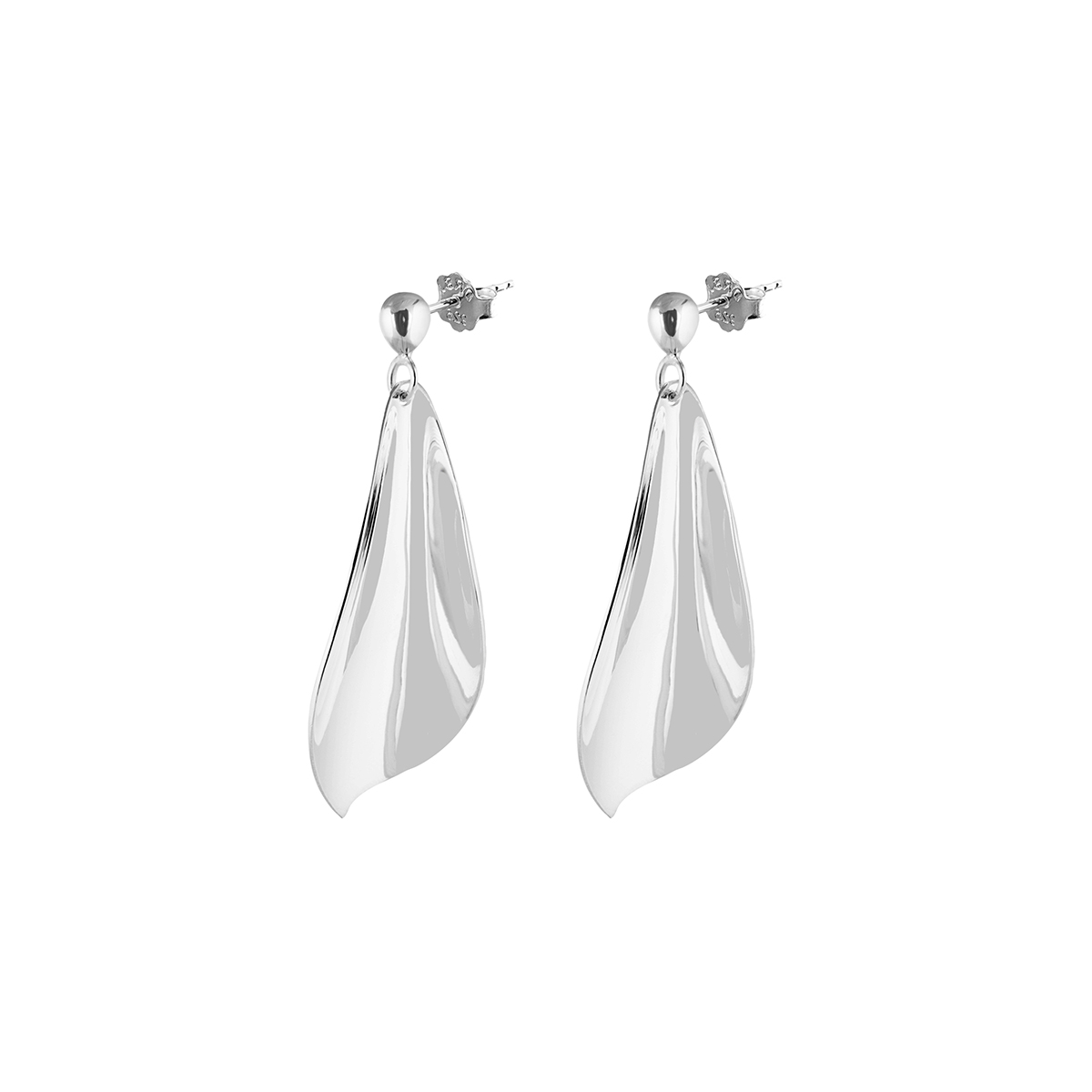 Drakenberg_Sjolin_Gardenia-earrings