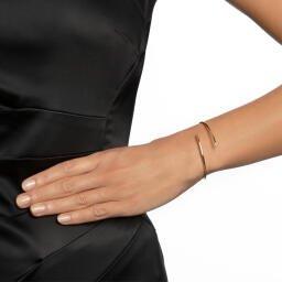 hug-cuff-silver-bracelet-efva-attling_14-100-01599_2