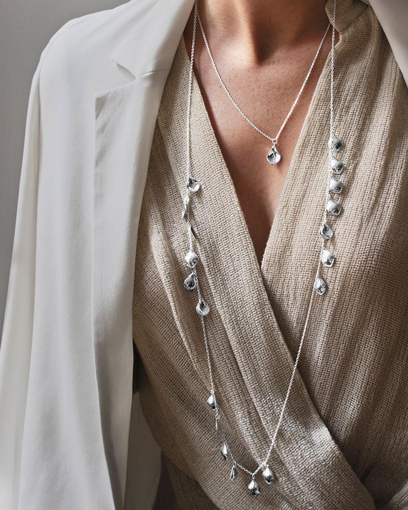 Gaias-Grace-necklace-long-1