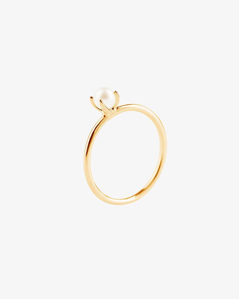 Petite-Pearl-ring-gold