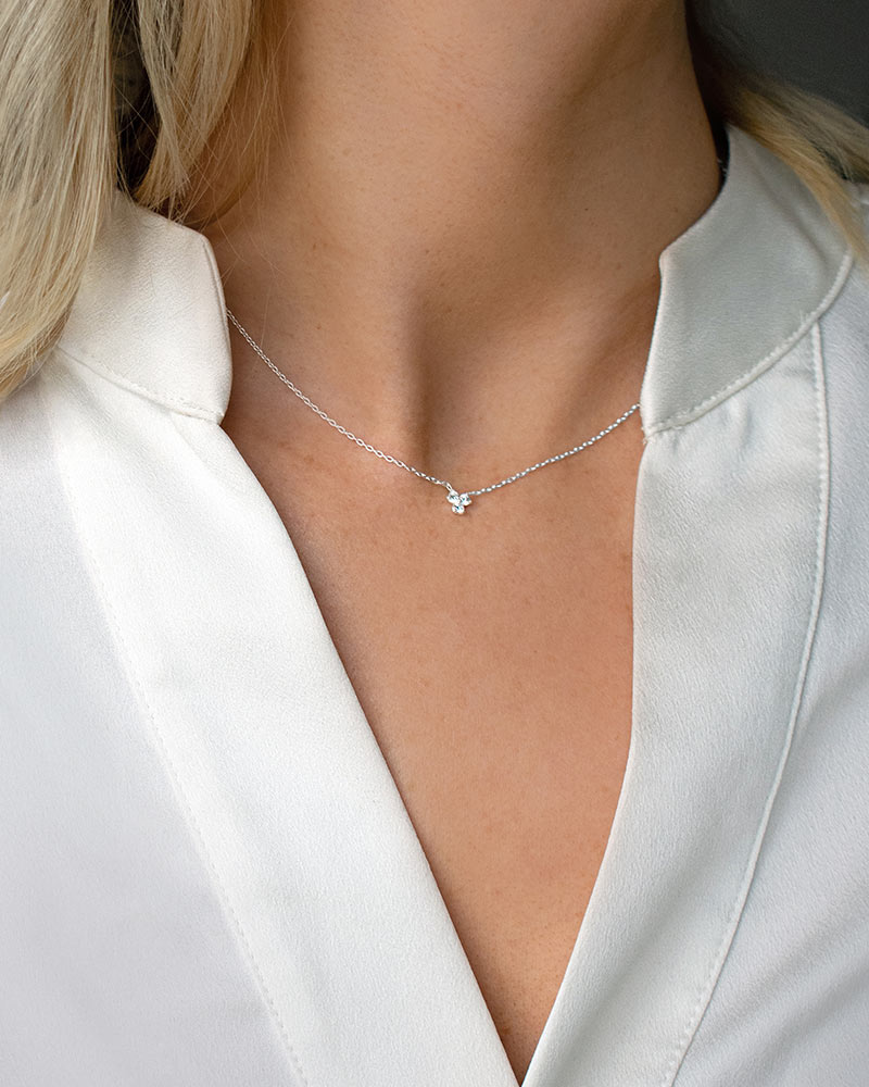 star-petite-drop-necklace-01