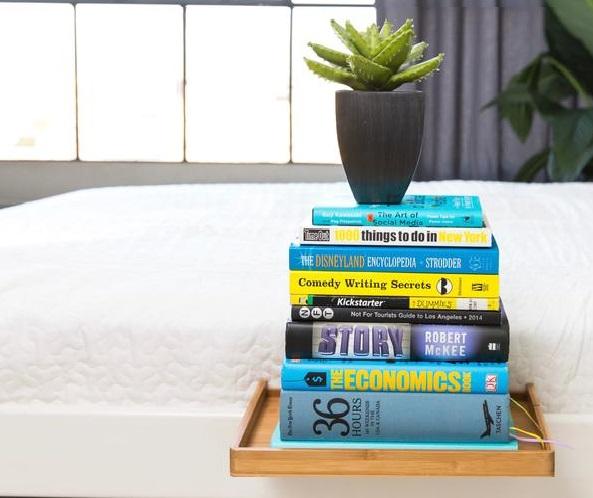 Sänghyllan klarar 6,8 kg belastning