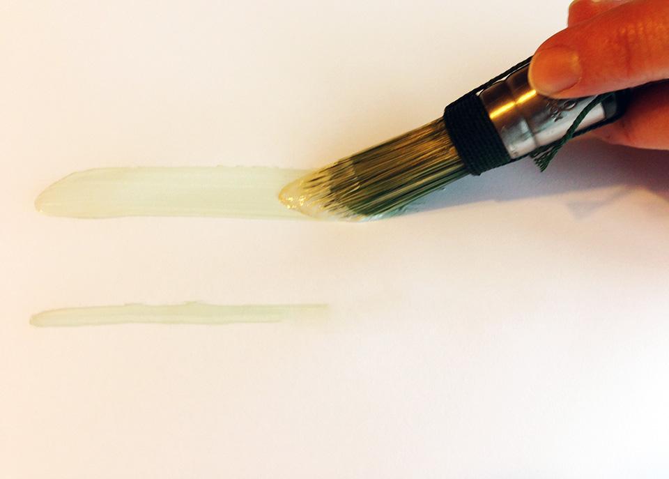 Pointed brush