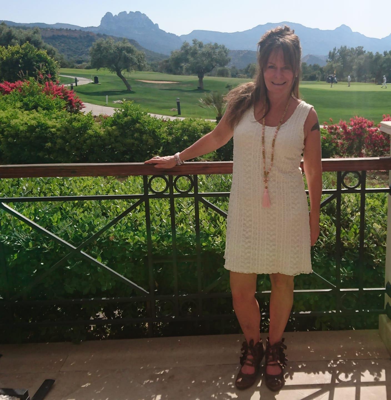 Lilly spetsklänning