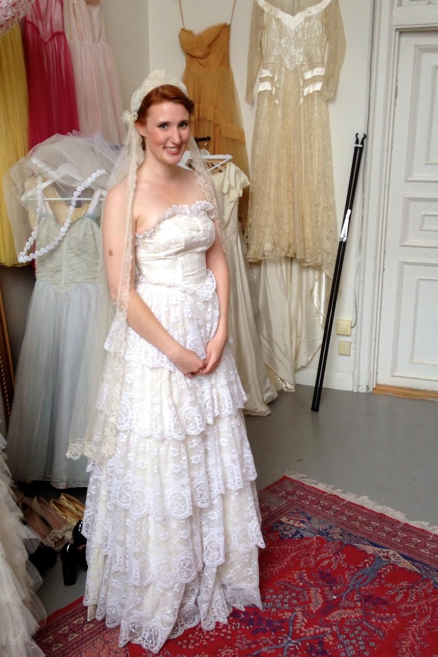 a592ec7e4340 Hyra brudklänning hos Elsa Billgren | EcoBride - Inspiration för ...
