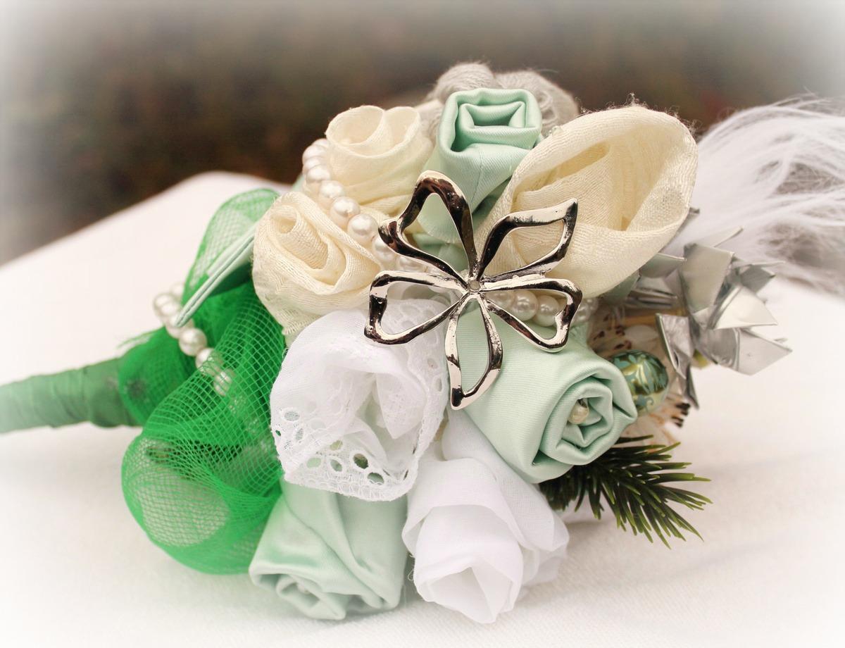 475a24021cc7 Tema: Vinterbröllop | EcoBride - Inspiration för ekologiska bröllop