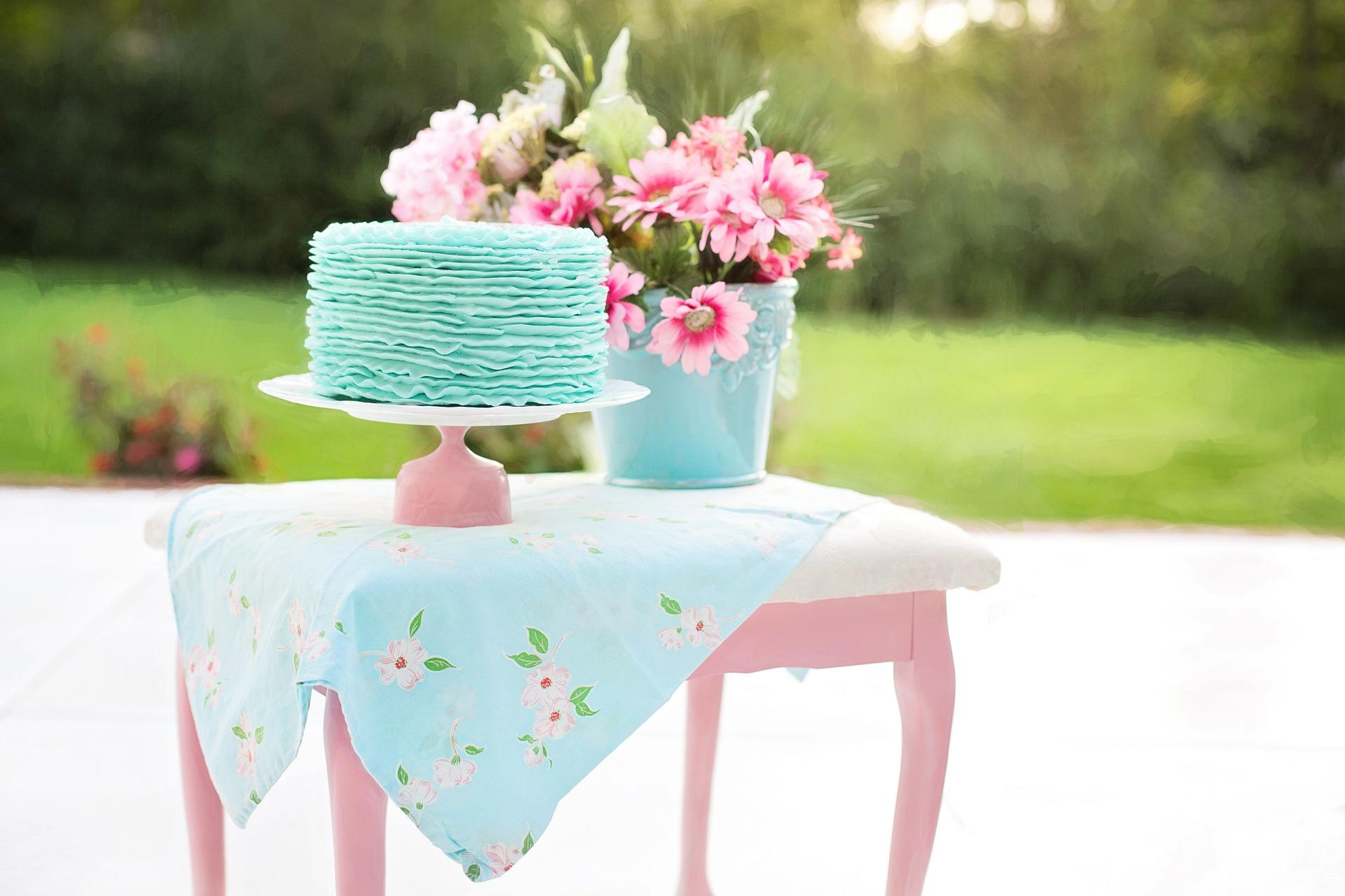 DIY-bröllop med sagotema  2d3c828f518c3