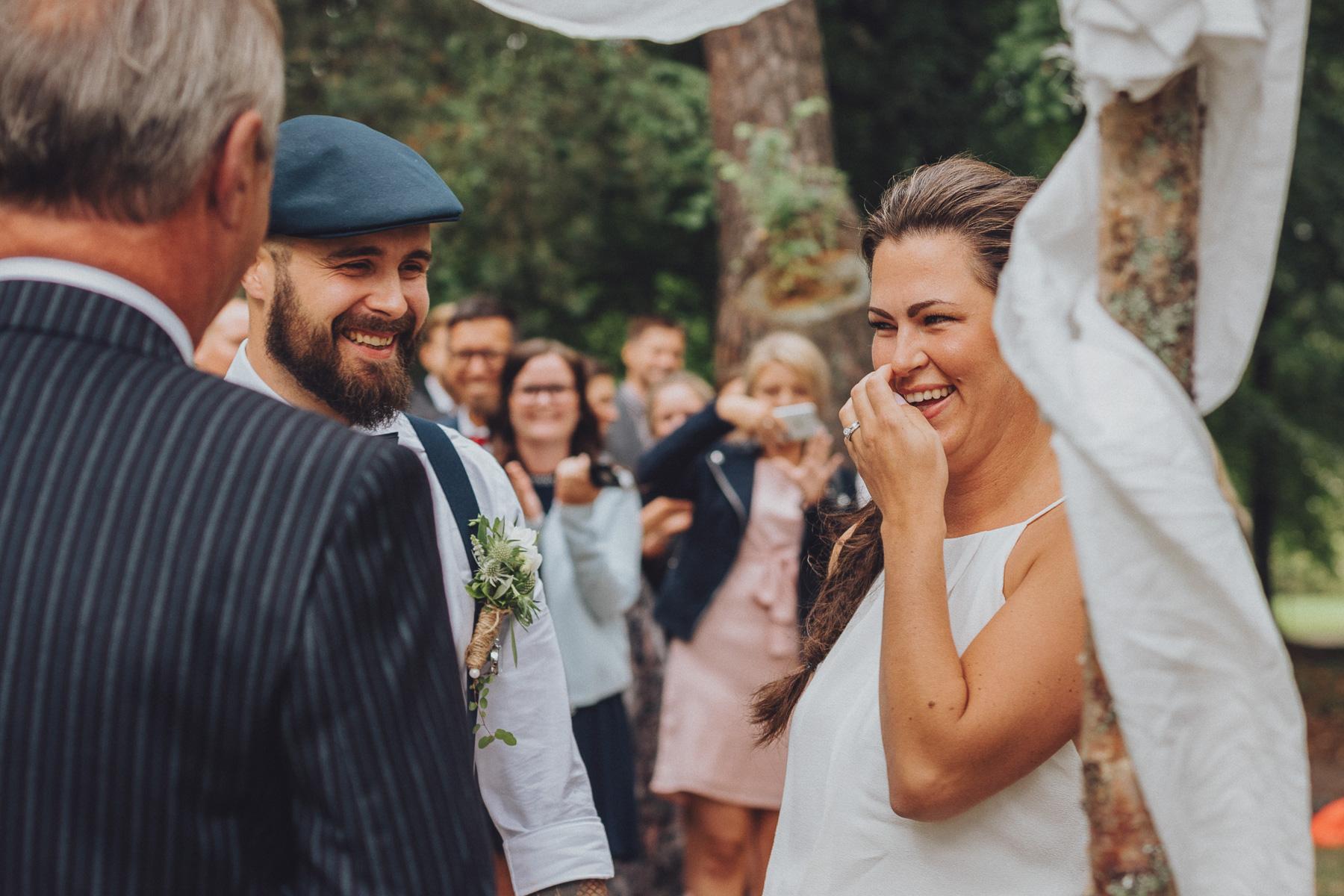 Lantligt Bröllop Stockholm ~ Bohemiskt bröllop i Stockholm Bröllopsfotograf NORRKÖPING LINKÖPING Fotograf bröllop