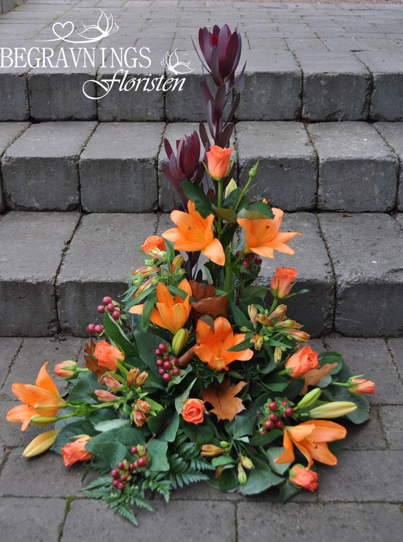 begravningsblommor-liljor-rosor
