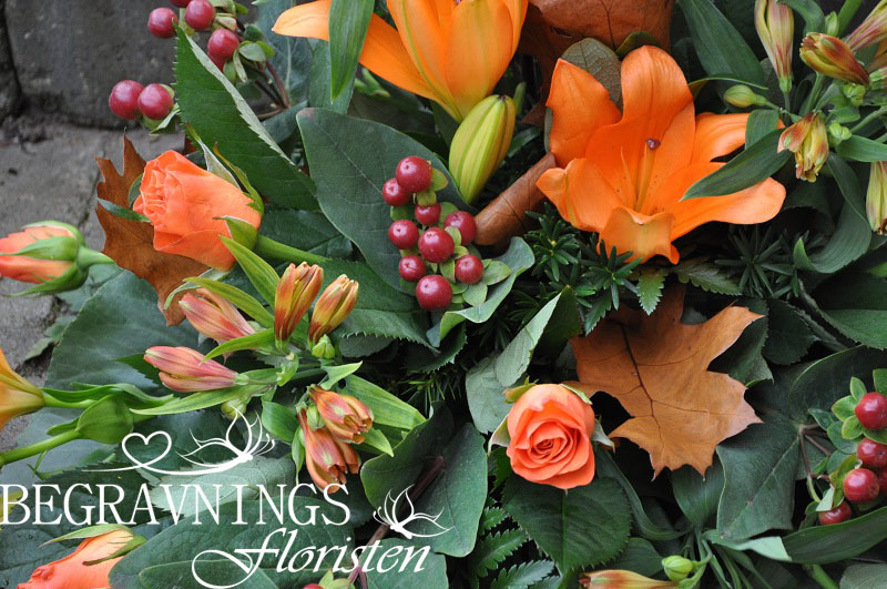 begravningsblomma-liljor-rosor